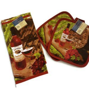 Home Collection Kitchen Towel (1) & Pot Holders (2